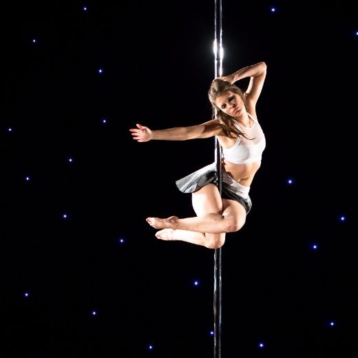 Pole Flow Poleography choreography class